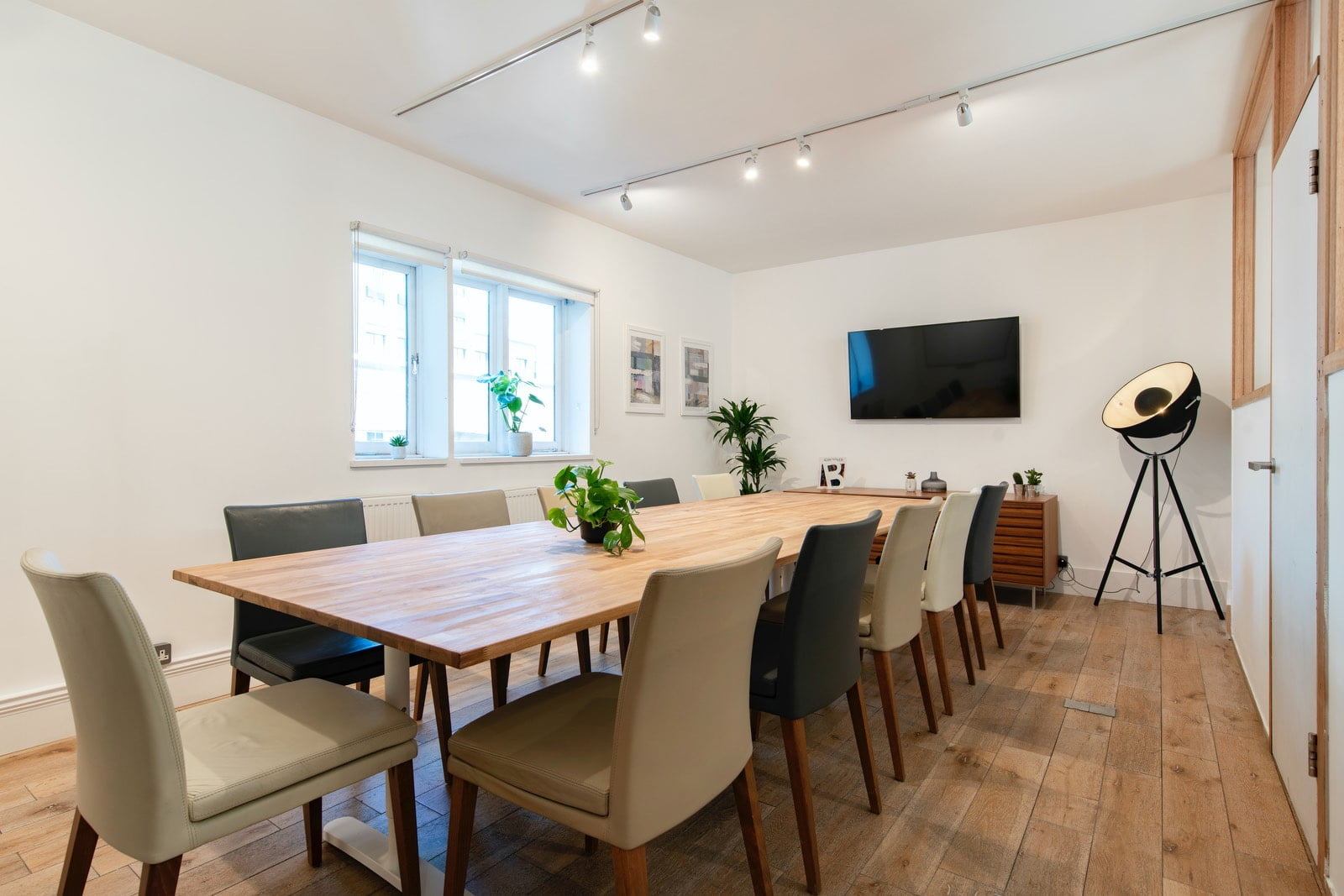 A guide to office rent in London - Office rent in Shoreditch
